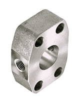 CD61/CD62 Spacer Blocks with Gage Port 4-Bolt Flanges